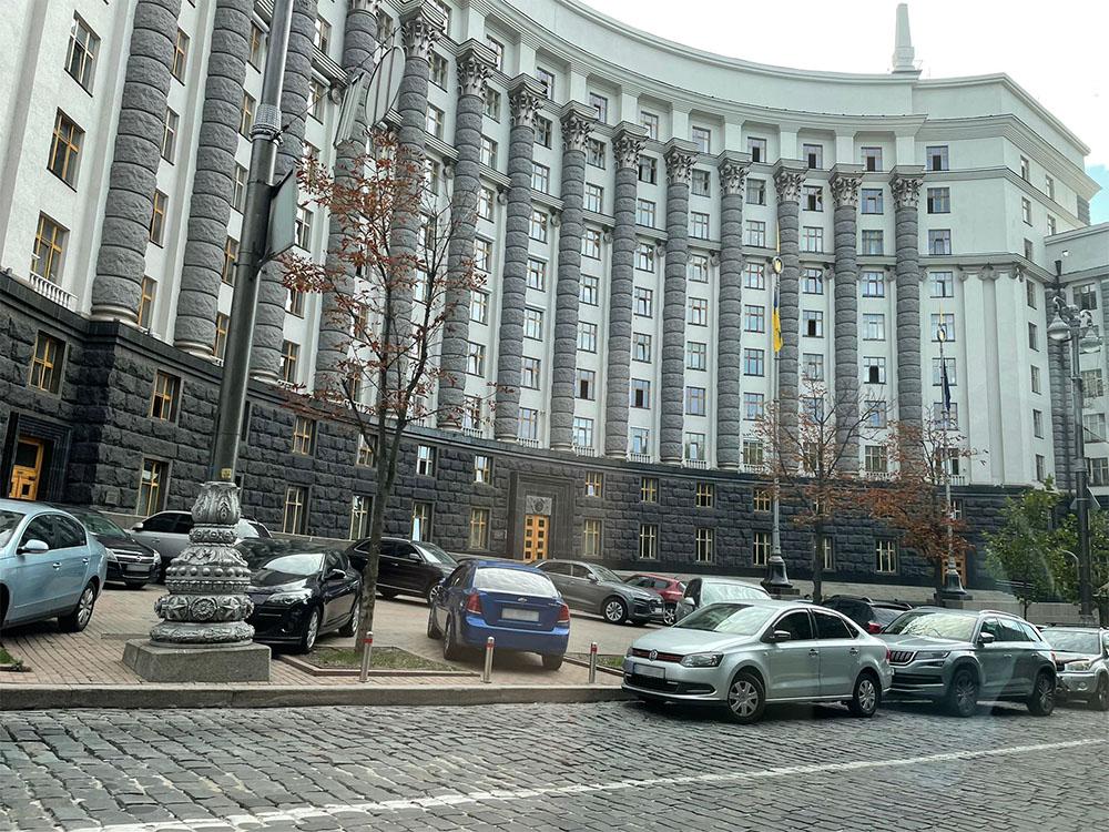 aBeeindruckende Architektur, beeindruckende Landschaft, große Gastfreundschaft: GEWOBAU-Geschäftsführer Karl-Heinz Seegers Momentaufnahmen von Kiew.